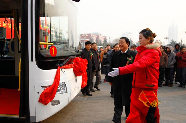 福田混合动力客车在三门峡试运营并获10辆订单